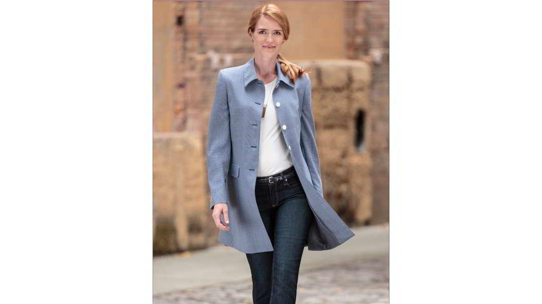 Stylische und elegante Mäntel für Damen gibt's bei SportScheck in riesiger Auswahl von über Marken. Bestelle bequem online.